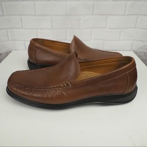 Cole Haan NIKE Air 10 brown leather mod toe loafer